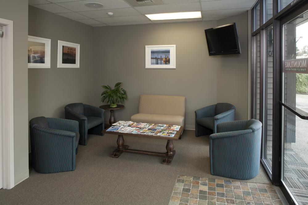 Dental-Clinic-Reception-1